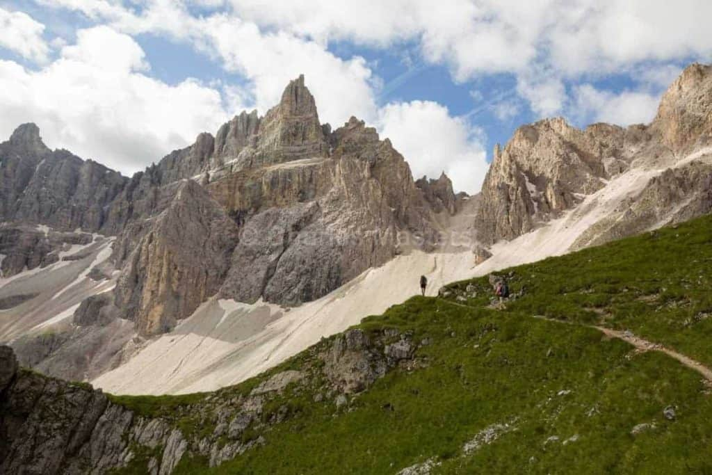Alta Via 2 Dolomites Italy trekMountains Approaching the Odles (c) Charles Masters