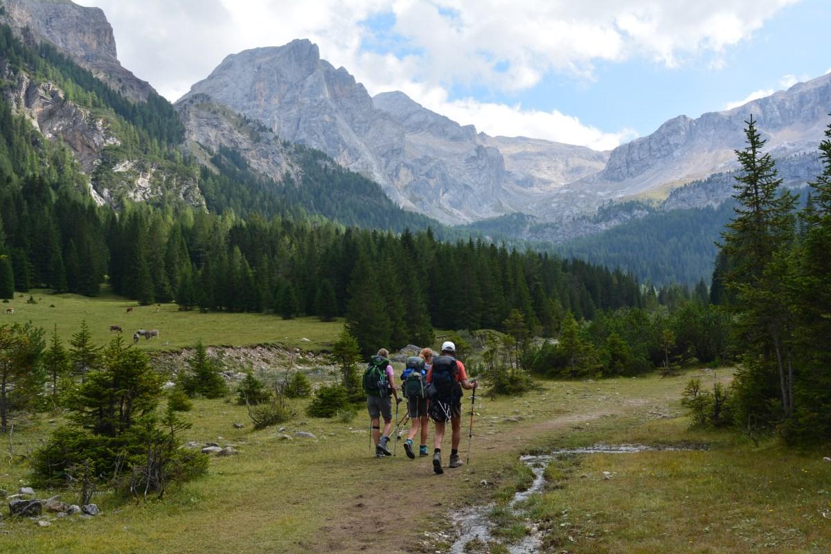 Alta Via 2 Dolomites Italy trekMountains Path around Marmolada (c) Kurt Lybaert 35