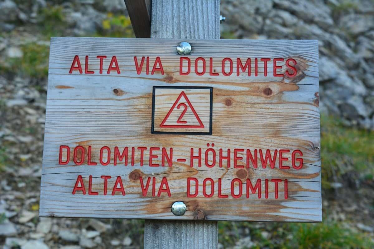 Alta Via 2 Dolomites Italy trekMountains (c) Kurt Lybaert 002