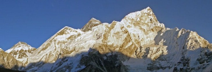 Everest-Lhotse_Nepal-Gokyo-Everest-Base-Camp-Trek-©-Ann-Foulkes-trekMountains